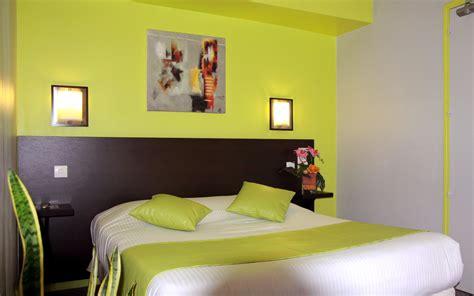insonorisation chambre chambre confort à grand lit ou lits jumeaux et bain