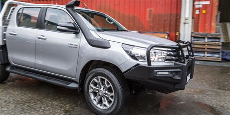 2018 Toyota Hilux Sr 4x4 Cab Chassis Review Caradvice