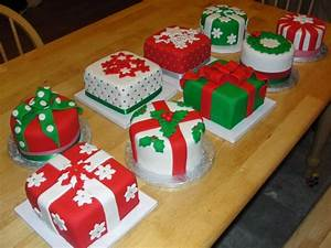 WONDERLAND: CHRISTMAS CAKE DECORATING IDEAS