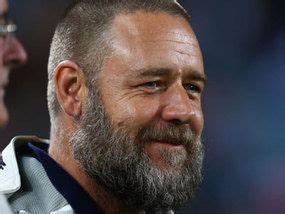 Russell Crowe sports a fuzzy new look | UK | News ...