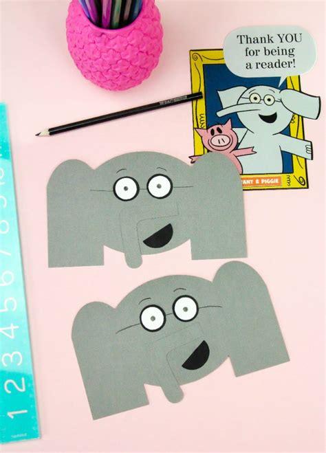 diy gerald  elephant   cards pig bookmarks