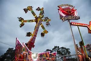 Wave Rider Amusement Ride Hire - Joylands  Ride