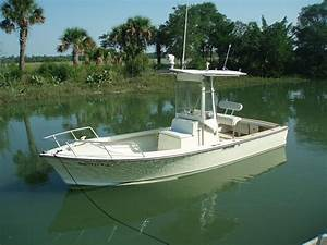 22' Custom Diesel Inboard Center Console - The Hull Truth ...
