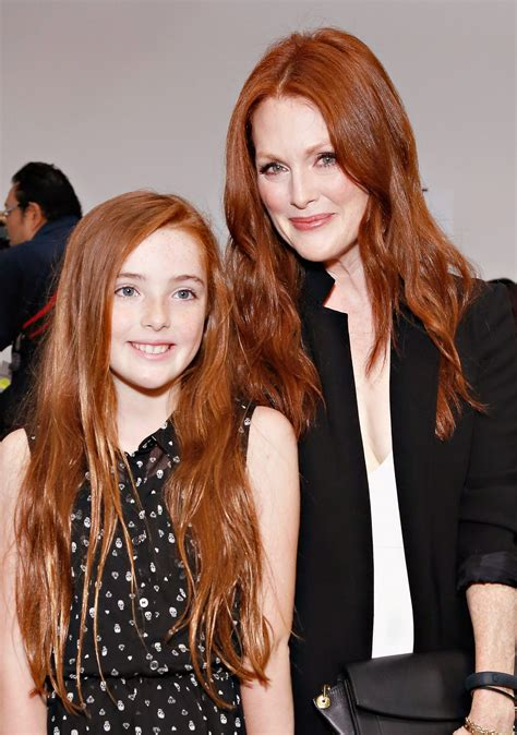 times julianne moores daughter liv looked    instylecom