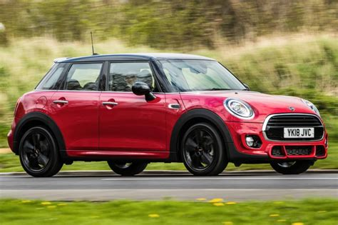 Mini Cooper 5 Door Picture by Mini Cooper 5 Door Hatch 2018 Review Pictures Auto Express