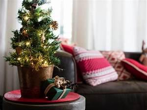 Tabletop, Christmas, Tree, Decorating, Ideas