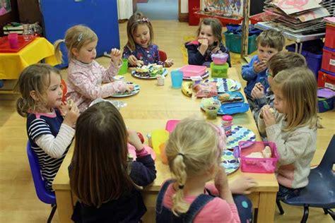 sessions acorns nursery school 805   snacks