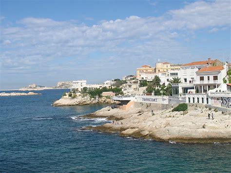 chambre d hotes vaison la romaine photo bord de la mer méditerranée à marseille