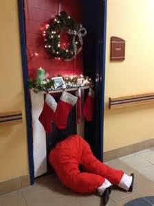 Halloween Office Door Decorating Contest Ideas by Christmas Door Decorating Contest Fireplace Designcorner