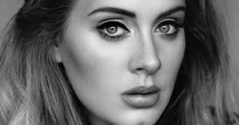 adele channeled 39 early crisis 39 into awaited new album 39 25 39