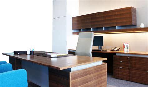 travailler dans un bureau organiser espace de travail pour être plus efficace et