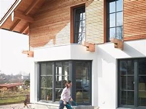 Fassadengestaltung Holz Und Putz : fassadengestaltung frischer putz oder fassadenbekleidung ~ Michelbontemps.com Haus und Dekorationen