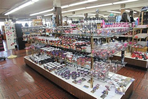 bonanza gift shop las vegas shopping review