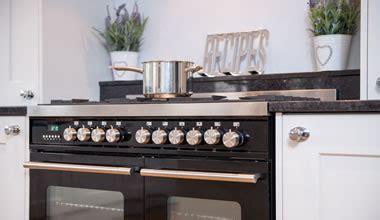 Kitchen Design & Installation, Surrey Based Showroom