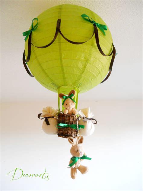 suspension chambre bébé fille le montgolfière forêt lapin vert anis et marron