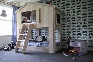 Lit Cabane Garçon : le lit cabane warchild un must have pour votre enfant abitare kids ~ Teatrodelosmanantiales.com Idées de Décoration
