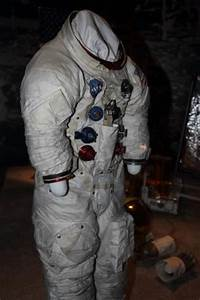 Getting into His Buzz Aldrin Space Suit - Pics about space