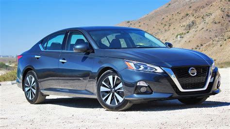 2019 Nissan Altima by 2019 Nissan Altima Drive Review