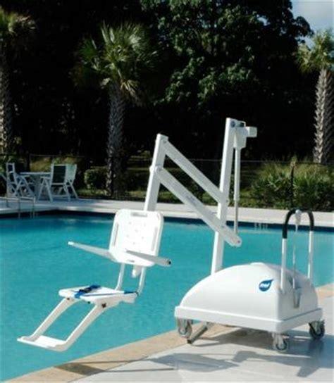 siege piscine siège élevateur de piscine pour handicapés pal mobile
