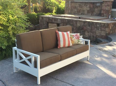 outdoor sofa mash     home projects