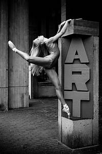 Magnificent Black and White Ballet (10 photos) - My Modern Met