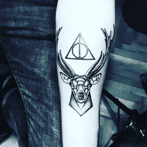 tatouage harry potter symbolique  tatouages pour