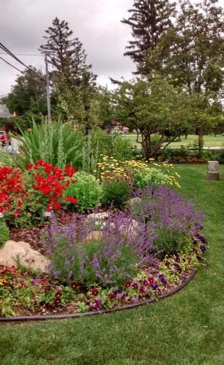 colorful garden shoreline