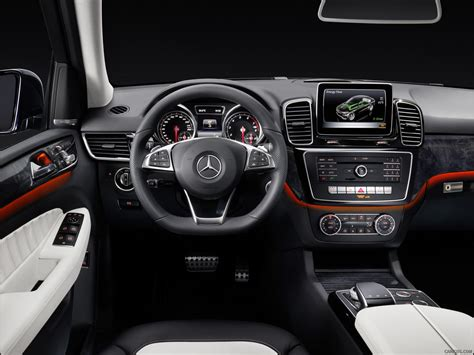Every new vehicle on truecar has a unique price curve data visualization. 2016 Mercedes-Benz GLE-Class AMG Line - Interior | HD Wallpaper #39