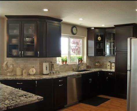 dark cabinets light countertops backsplash tumbled marble subway tile backsplash dark cabinets
