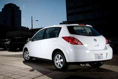 cool small cars  kia rio   nissan versa