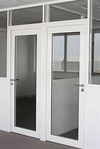 les amenagements portes pour cloisons de bureau espace With porte de garage et porte coulissante bois vitrée