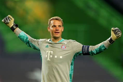 Manuel neuer is a professional german soccer player and plays as the goalkeeper for the bayern munich as well as the german national team. Video: Manuel Neuer States That There Will Be Plenty of Goals Between Bayern and PSG - PSG Talk