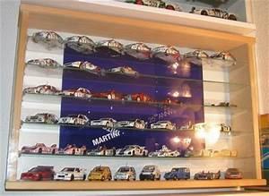 Vitrine Für Modellautos 1 43 : vitrinen f r modellautos 1 ~ Markanthonyermac.com Haus und Dekorationen
