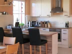 offene küche mit theke offene küche mit kochinsel jtleigh hausgestaltung ideen