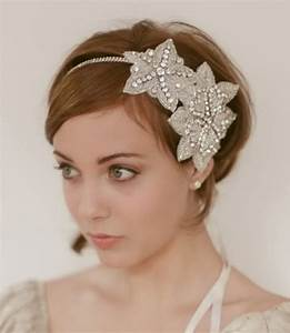 Memorable Wedding Headpiece Styles For Short Hair