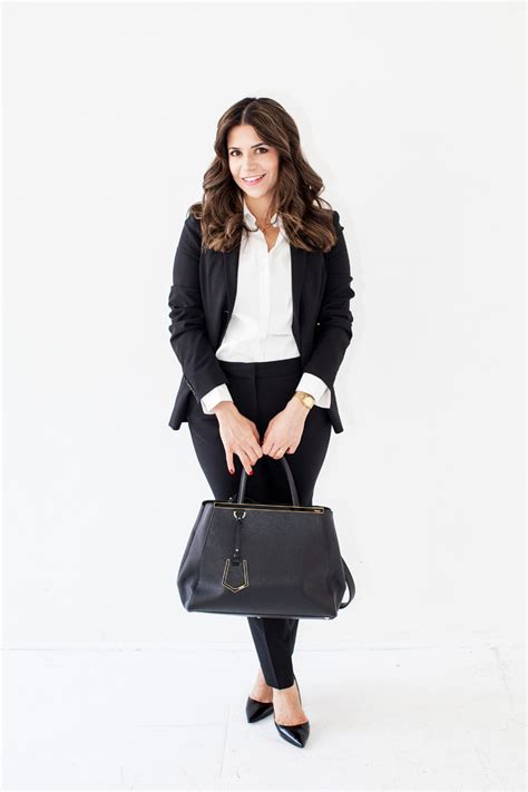 What to Wear for a Job Interview | Job interviews Work ...