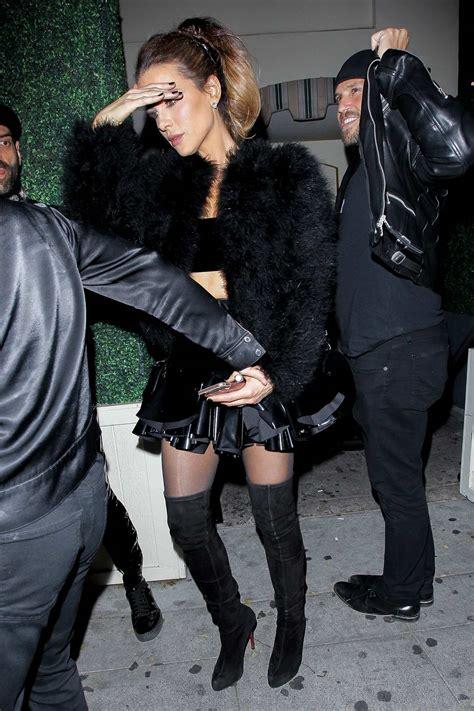 Kate Beckinsale looks amazing in a black mini dress as she ...