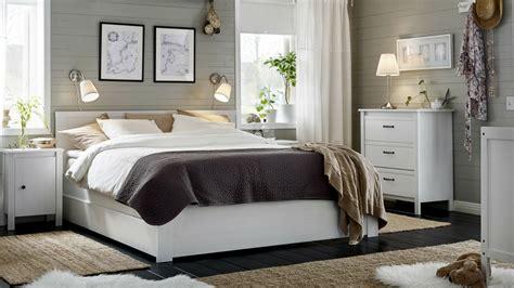 comment rendre une grande chambre cosy