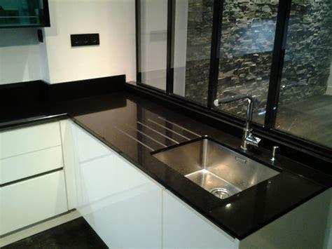 nettoyant inox cuisine intérieur granit en granit noir finition polie