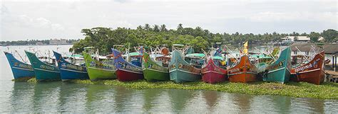Kerala Fishing Boat Picture by The Ambler Family 2013
