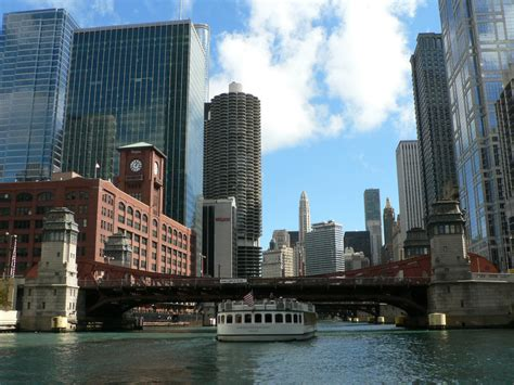 Chicago River Boat Tours by Chicago River Architecture Boat Tour 09 30 2012