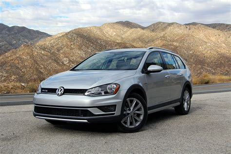 2017 Volkswagen Golf Alltrack Autoguidecom Car Of The