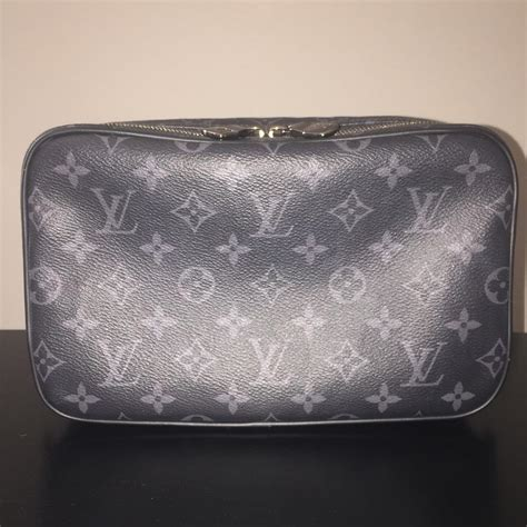 louis vuitton toilet pouch gm toiletry cosmetic dopp kit monogram eclipse lv  gray coated