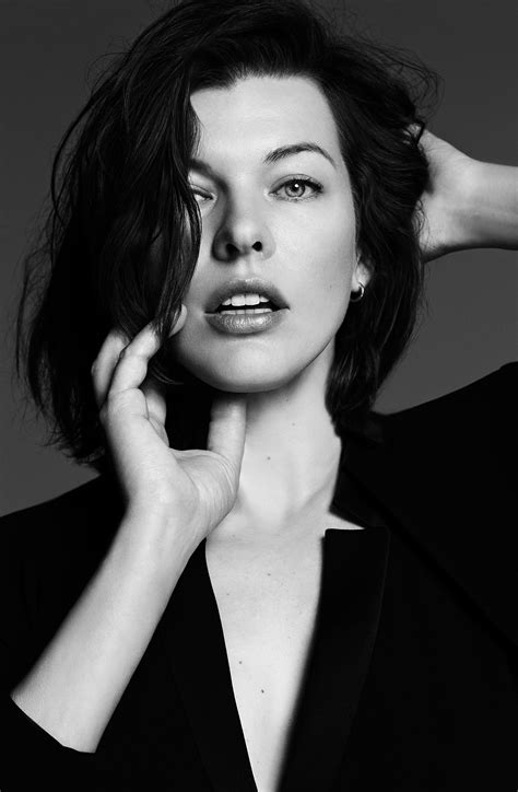 milla jovovich wallpapers images  pictures backgrounds