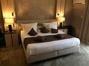 Lit King Size 180x200 : le superbe lit king size hotel thermen dilbeek ~ Preciouscoupons.com Idées de Décoration