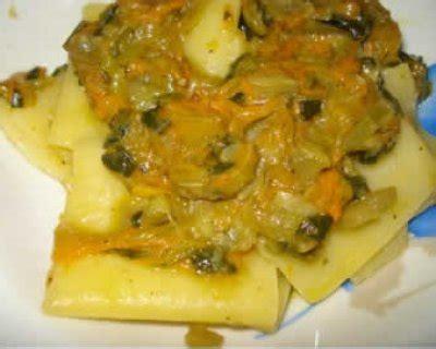 pasta con fiori di zucchine ricette paccheri ai fiori di zucchine