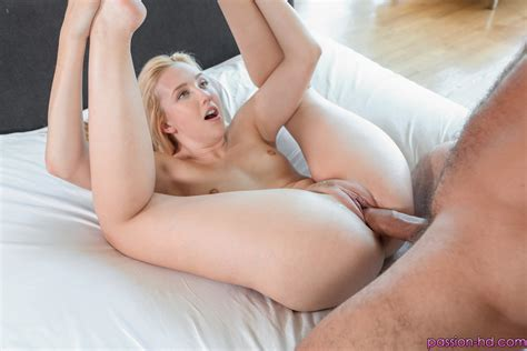 Passion Hd Samantha Rone Feeding