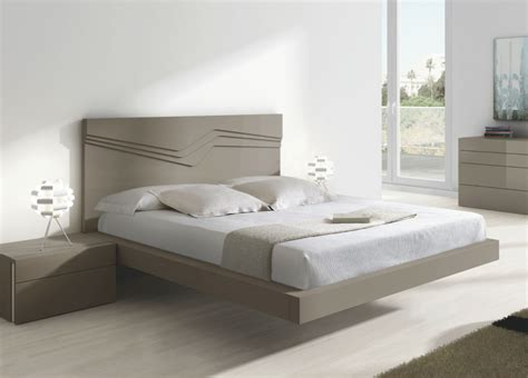 Soma Contemporary Bed