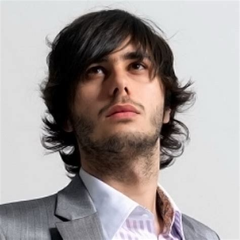 cool haircuts for guys with long hair