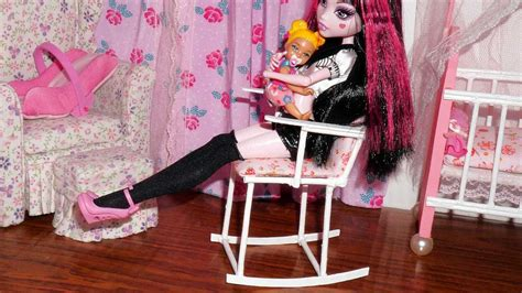 rocking chair  doll monster high mlp